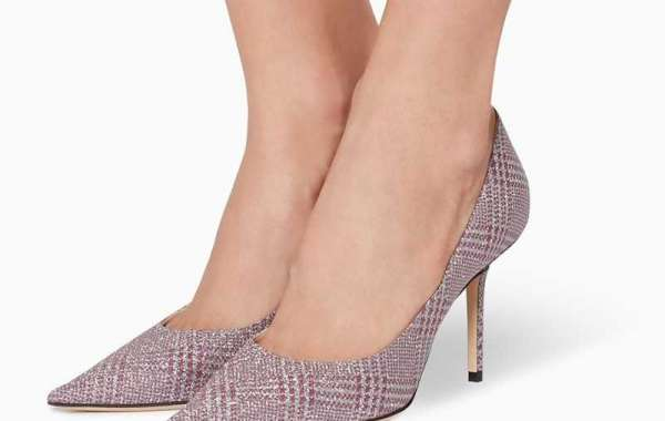 Buying The ideal Designer Men's Footwear